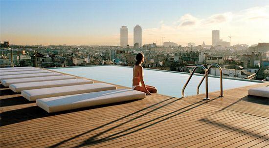 Relax en la piscina del hotel