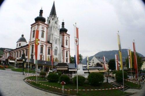 iglesia-mariazell-500x332